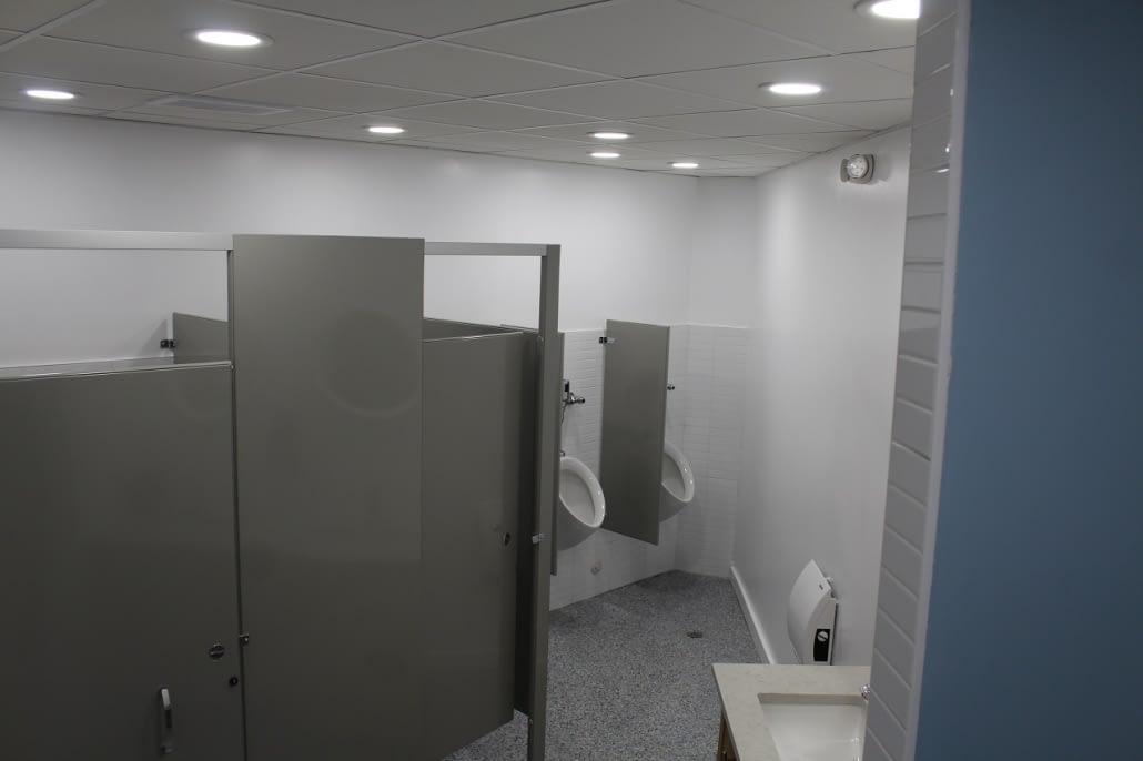 mens-toilet-renovation